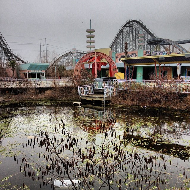 Six Flags Amusement Park New Orleans Jurassic World Starts Filming in New Orleans