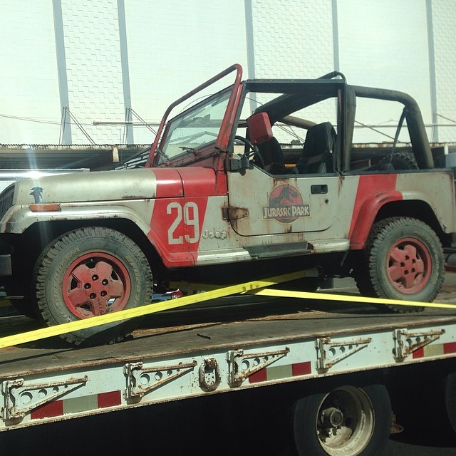Jurassic Park World Jeep Original JP Jeep Returns to Jurassic World