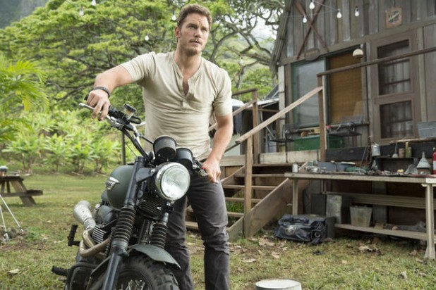 Chris Pratt Three New Jurassic World Stills