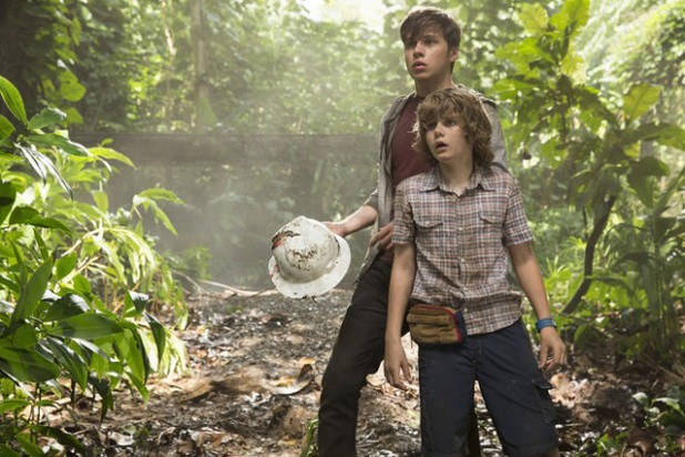 Nick Robinson, Ty Simpkins  Three New Jurassic World Stills