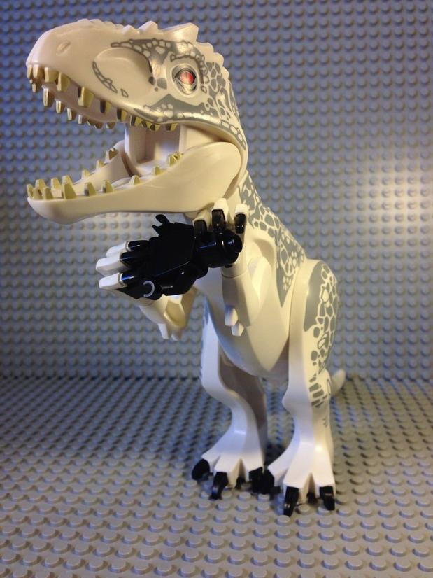 lego02 Jurassic World Diabolus-Rex Lego Pictures Leaked?