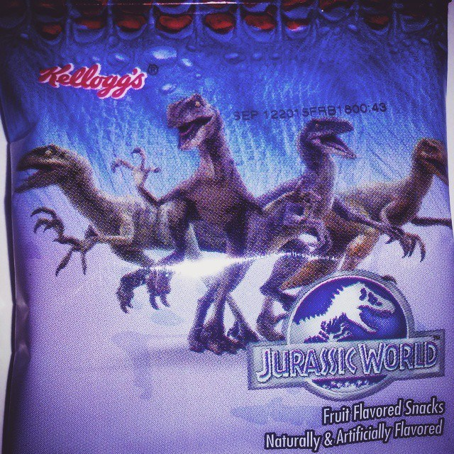 10888410_859761074068405_8697086046063977296_n Jurassic World Featured on Kellogg's Cereal Snacks